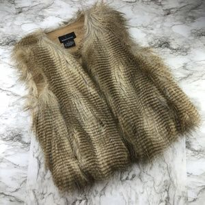 Moda International Faux Fur Boho Vest Jacket Small